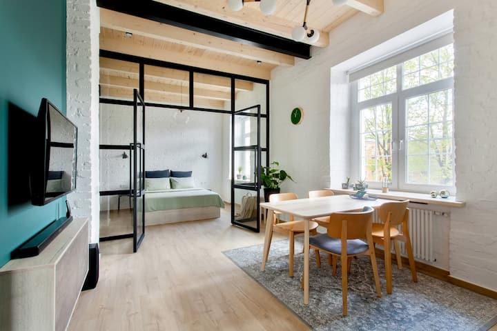 ★TVERLOFT★ – Премиум лофт с прозрачной спальней