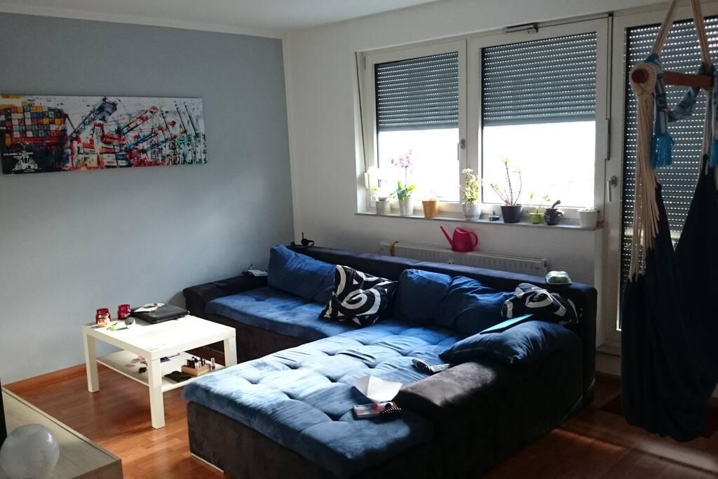 wohnen auf zeit sch ne maisonette wohnung wohnungen zur miete in chemnitz sachsen. Black Bedroom Furniture Sets. Home Design Ideas