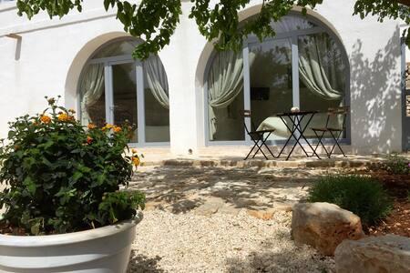 Suite Del Gelso in Masseria - Provincia di Brindisi