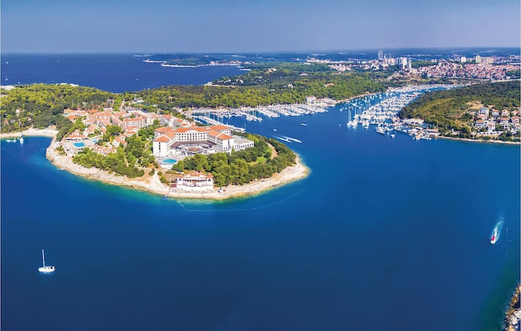 Holiday apartment in Pula, nearby beaches
