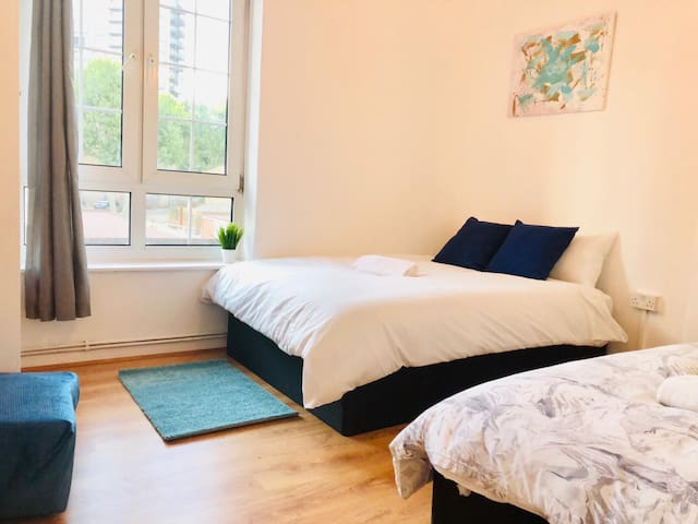 Great Clean Room near to Tower Bridge