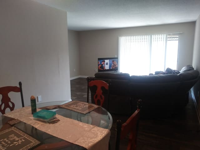 Private bedroom and bathroom near downtown Orlando