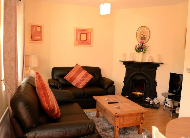 Derg Valley Apartments - Sleeps 2 - Castlederg - Appartement