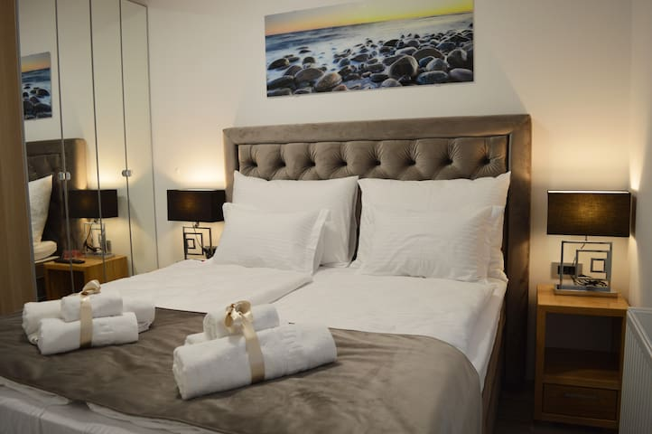 Villa Agram**** Double Room w/Bathroom and Parking