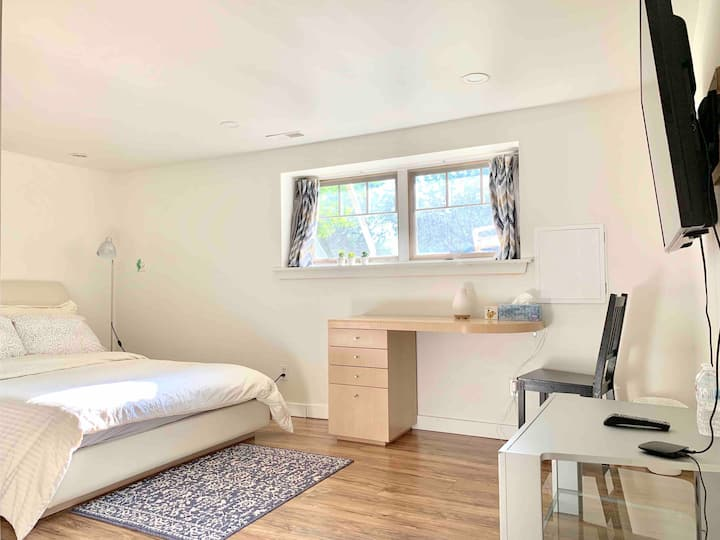 Lovely&Clean>1×Room in the heart of Vancouver west