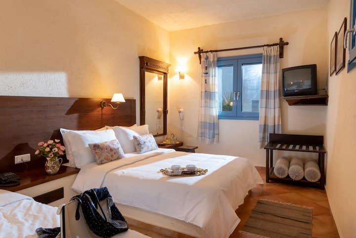 Porto Sisi Sea Front Suite