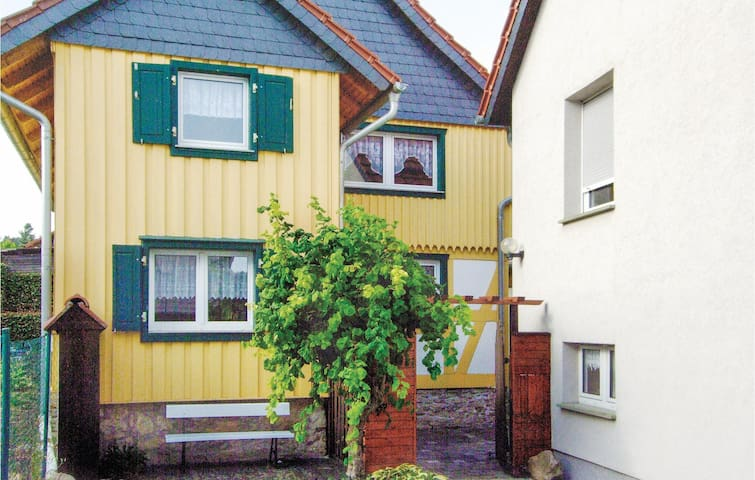 Holiday cottage with 3 bedrooms on 93m² in E-06502 Timmenrode