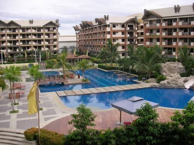 Luxurious 2BR Ohana Place Condo Resort 10pax-Wifi