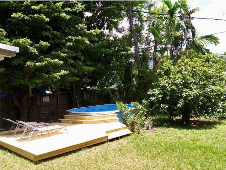 **Design District 3 Bedroom House w Private Pool**
