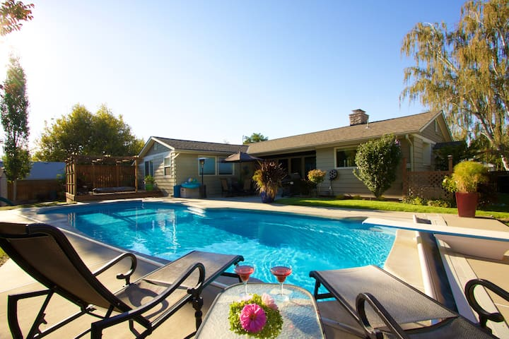 Great Home With Pool & Hot Tub - Walk to Town - Walla Walla - House
