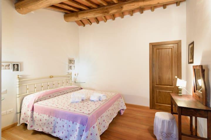 La Tuia Vacanze apt x 4 - Montevarchi - House