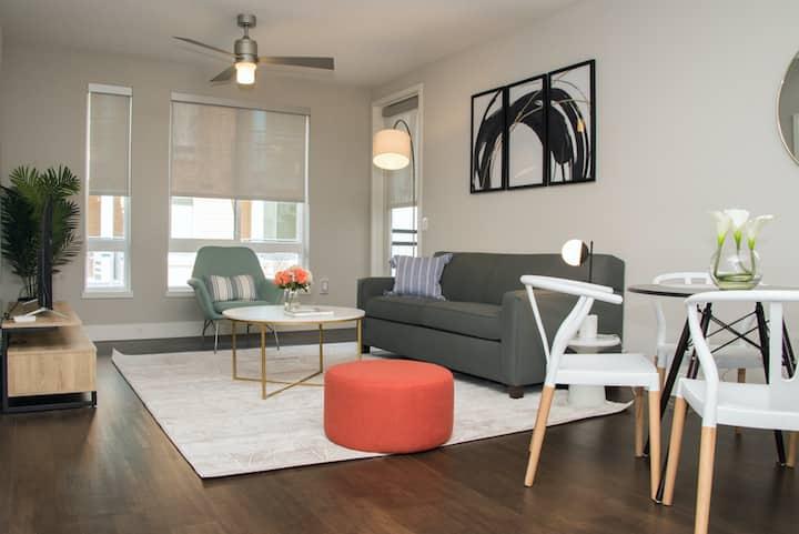 Kasa | Orange County | Luxurious 2BD/2BA Apartment