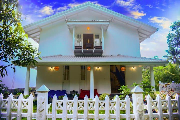 Villa Peace & Plenty in Unawatuna