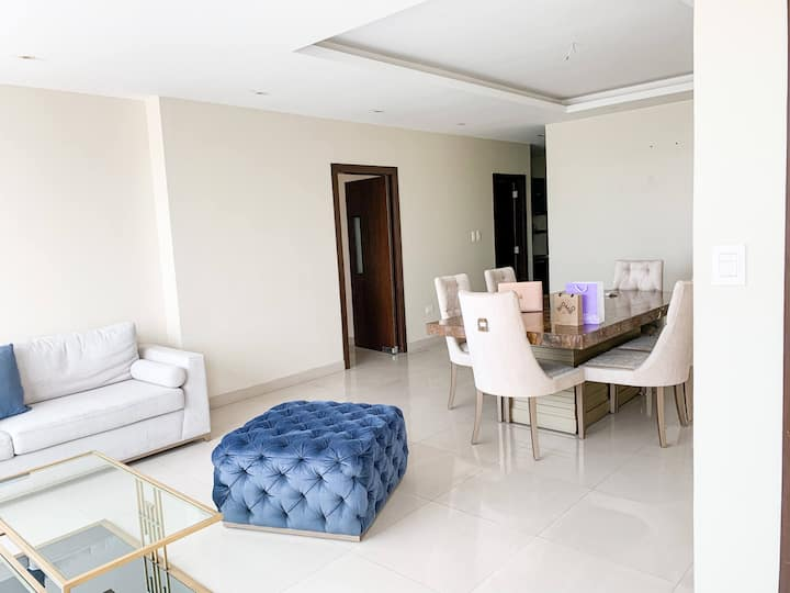 Luxury Calm Apartment In Samborondón(private room)