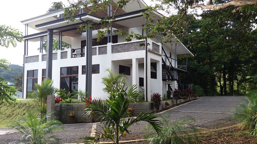 Jungle Luxury.............Casa Elements Costa Rica