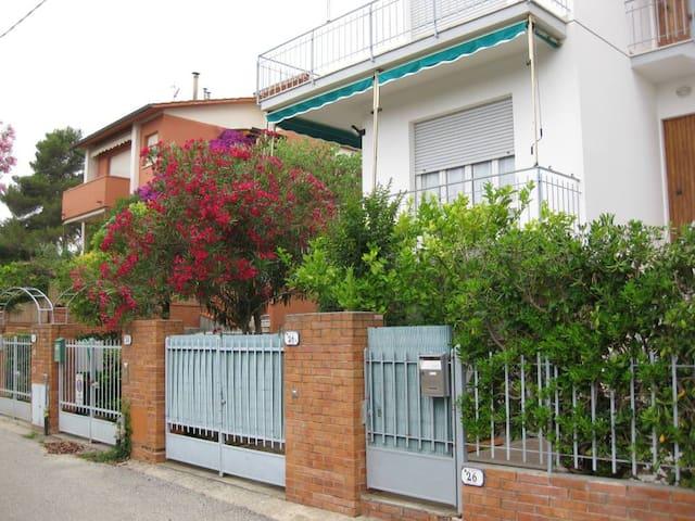 CASTIGLIONCELLO Casa Vacanze con Giardino Toscana - Rosignano Solvay-Castiglioncello - Apartment
