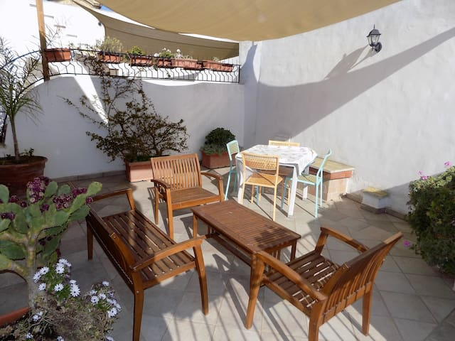 Appartamento con 2 Camere da Letto e Terrazza - Gallipoli - Apartament