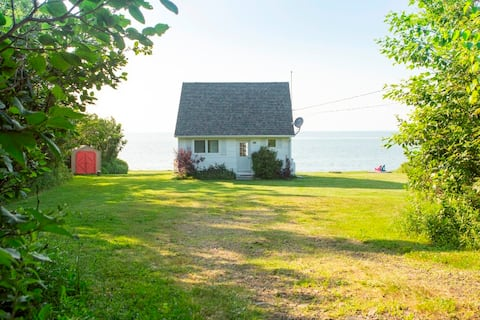 Fundy Sunset Cottage, Oceanfront Tranquility !!!