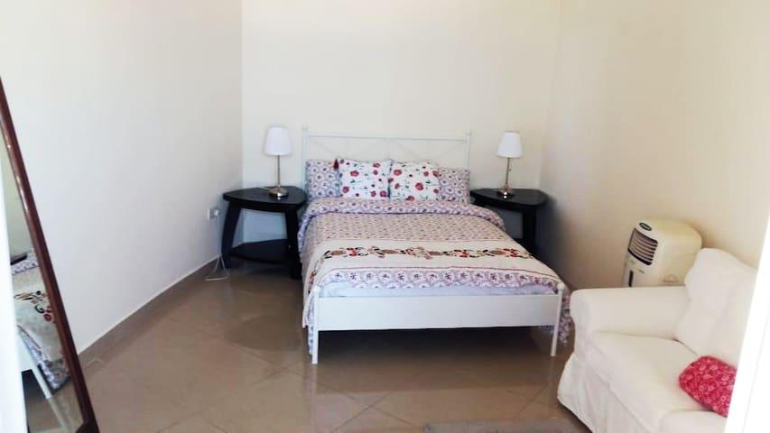 LOVELY BEDROOM -JUMEIRAH BEACH-TOP OFFER-DUBAI