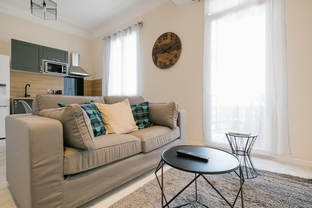 Un appartement fonctionnel et chaleureux!