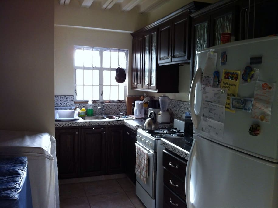Kitchen; Stove, Fridge, Washer, dryer