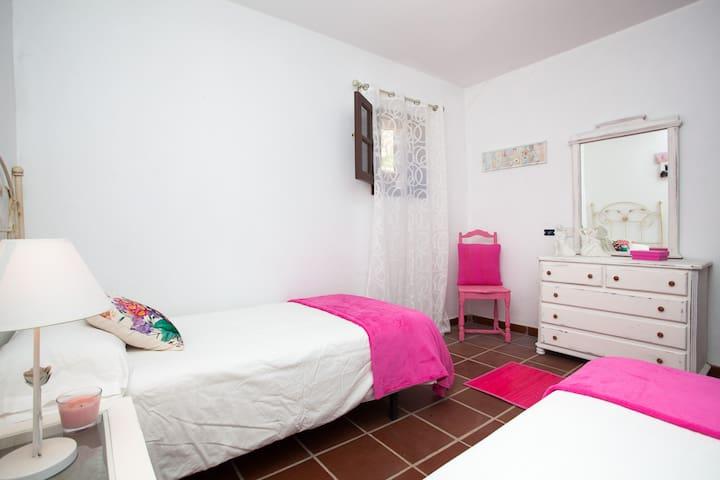 LOS RINCONES II (casa de campo) - La Oliva- Vallebrón - House