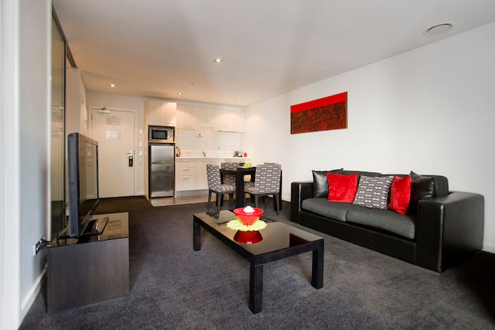 Spacious 1 bedroom Apartment at Auckland City