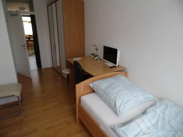 3-Zi-Wohnung am südöstlichen Stadtrand von München