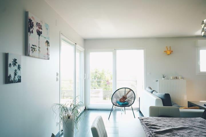 Bel appartement près du Luxembourg - Lexy - Wohnung