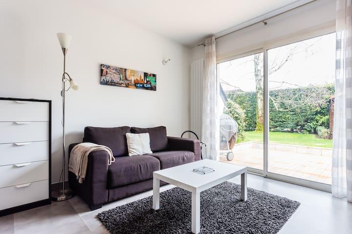 Dépendance dans résidence calme - Carrières-sur-Seine - Rumah