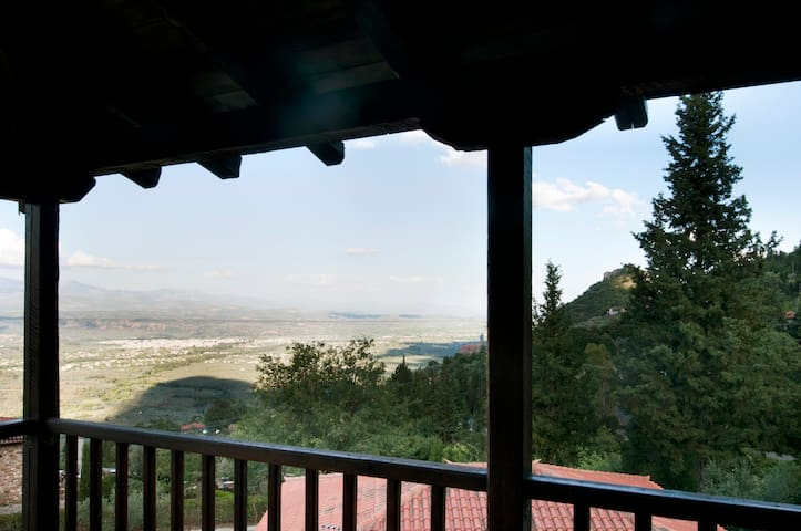 Comfortable apartment near Byzantine Mystras - Μυστράς - Daire