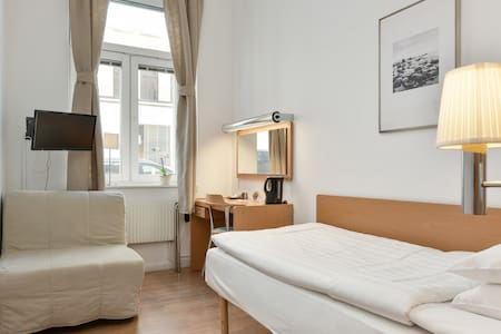 Best Price and Central located Hotel in Stockholm - สตอกโฮล์ม - หอพัก
