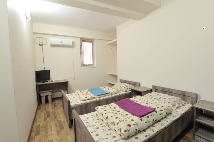 Familistic room 3 - Kutaisi - House