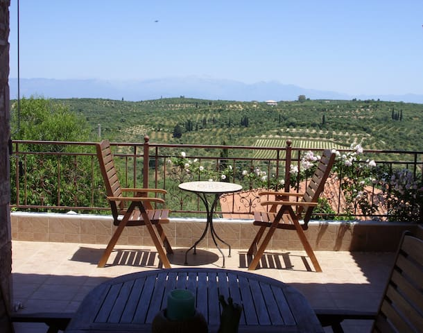 Villa Nefeli in Falanthi Messinias