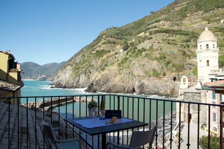 MaDa Charm Apartments Terrace - Sea View