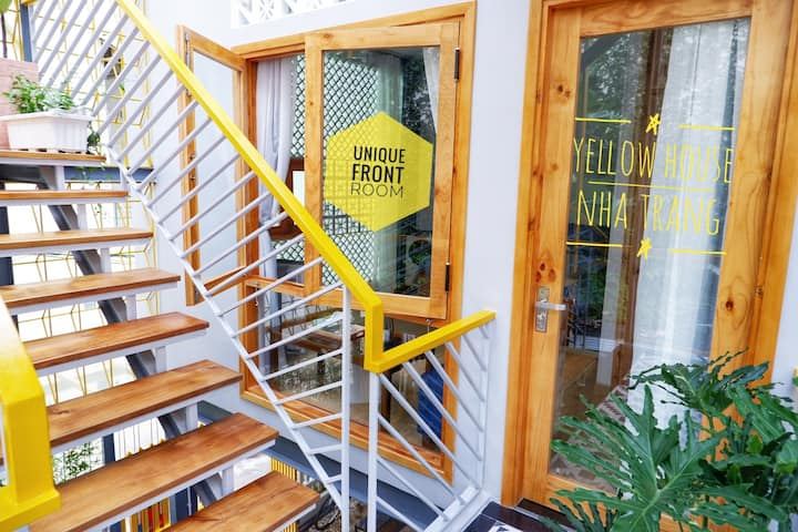 Go,stay'n'luv YellowHouse city center 200mto beach