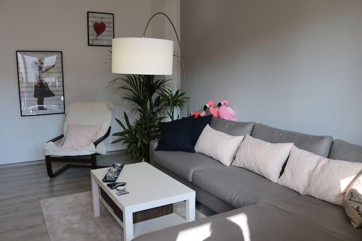 Sunny Studio near Friedrichshain