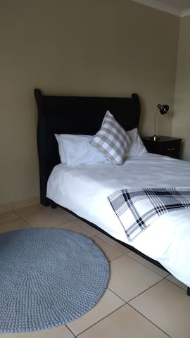 Guestrooms in Midrand- Rm 4