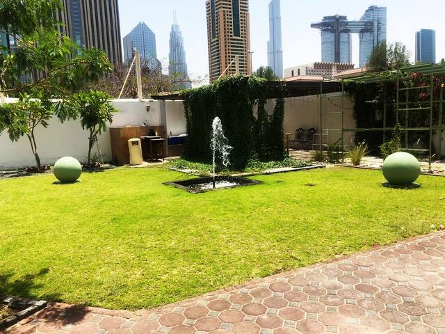 *BEAUTIFUL  NEW HOUSE TO STAY IN DUBAI-DIFC AREA!*