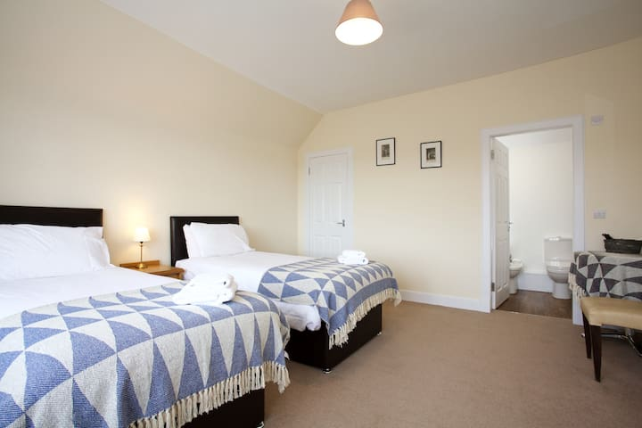 zip and link beds can be made into singles of king size beds. All bedrooms are ensuite