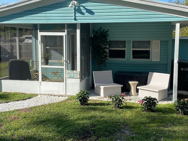 Beach House- 1.4 to IRB/Kayak Launch/Parking/Grill