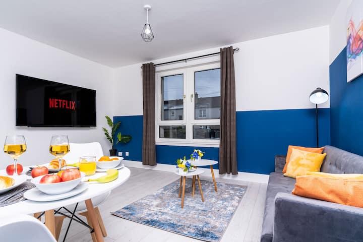 Newly Refurbished 2 Bed Apartment Near QE Hospital