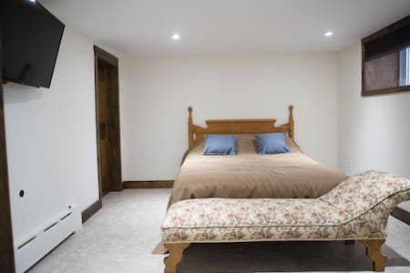 Serenity Suites {Rm 4}