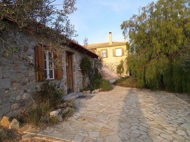 Μικρό σπίτι στην εξοχή - Nafplion - Ház