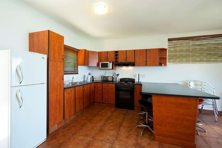 69 Strand Beach Apartment - Bluff - Appartement