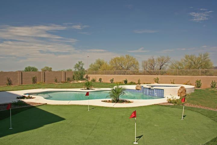 Luxurious Custom Private Resort in Desert ridge