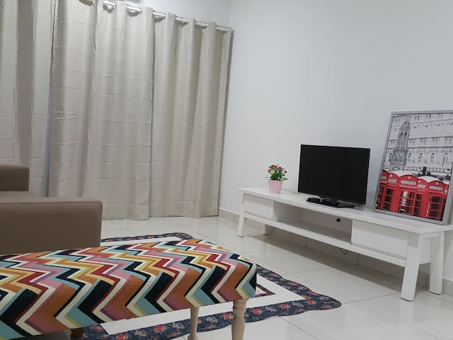 NEW CONDO NEAR TO CITY CENTER-3BR with Free WiFi