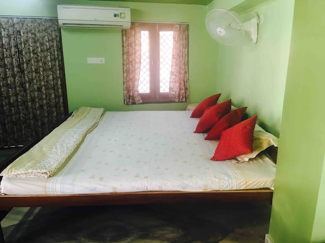 ☆ Jaipur Central - Wanderer's Room  ☆  ★★★★★