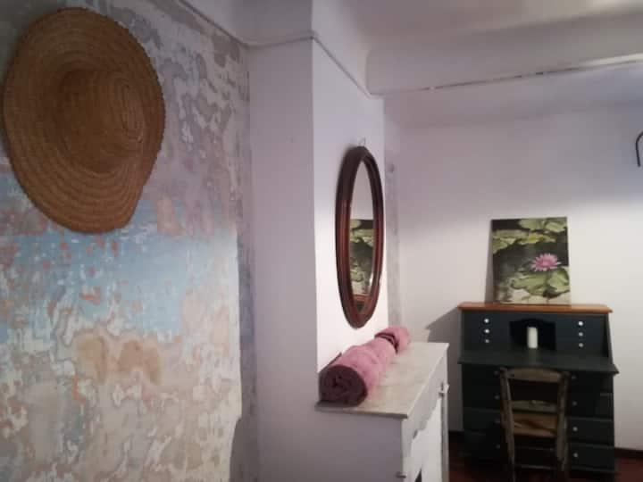 "Chambre ""Tante Fine"" avec Salle de Bain"