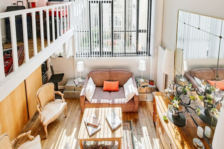LARGE AND MODERN LOFT FOR 4 PEOPLE IN THE 14TH ARR OF PARIS